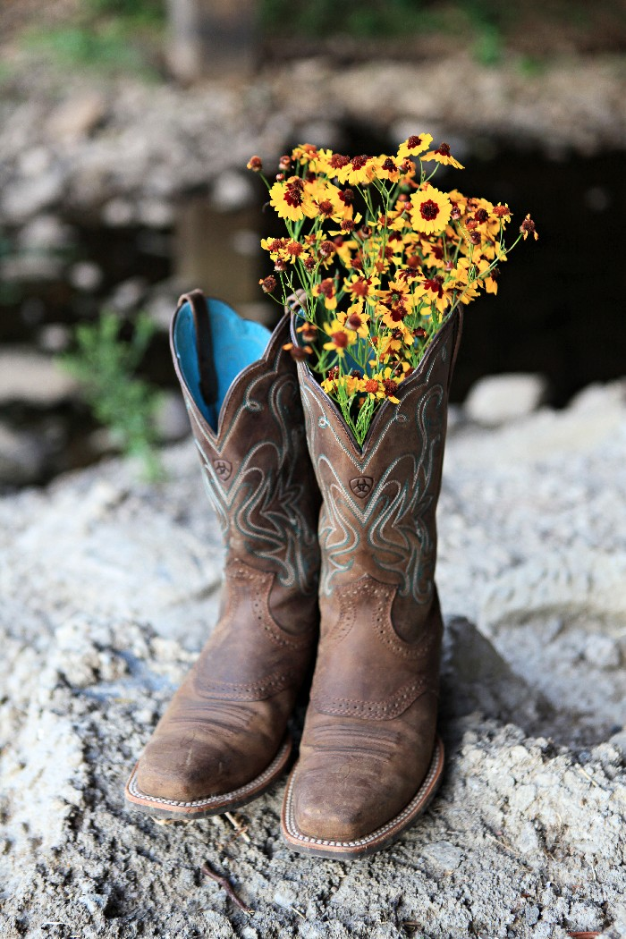 Cowgirl Boots With Flowers - Cr Boot